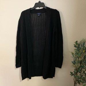 GAP black knitted cardigan.
